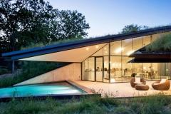 Casa Integrada à Natureza